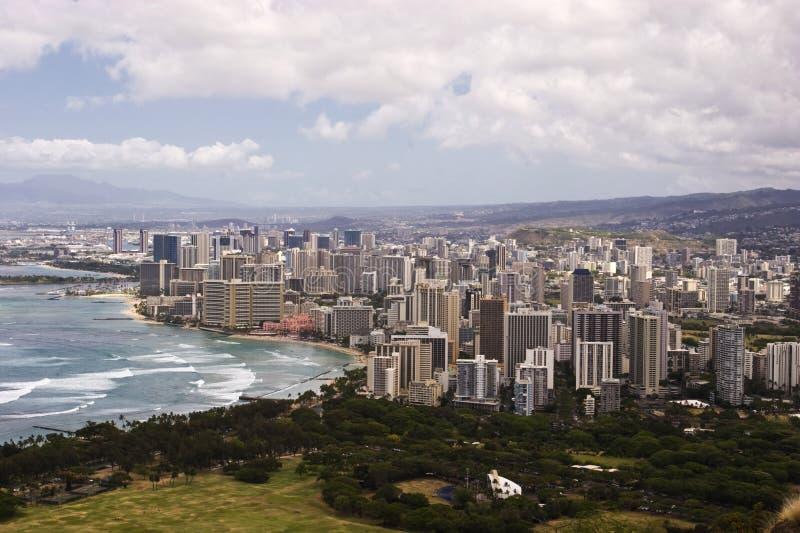 Waikiki del centro come veduto in cima al Cr della testa del diamante fotografia stock libera da diritti