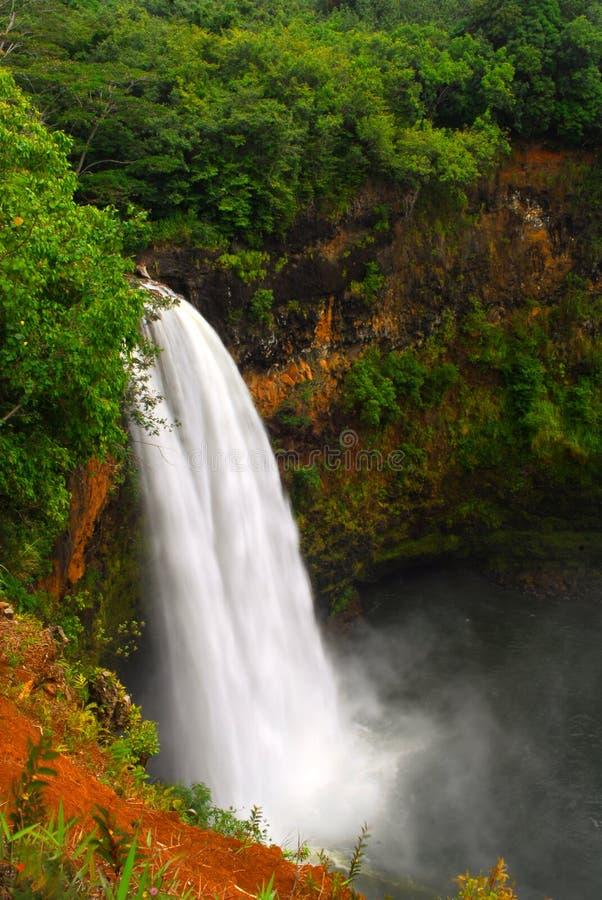 Wailua cai em Kauai Havaí fotografia de stock royalty free