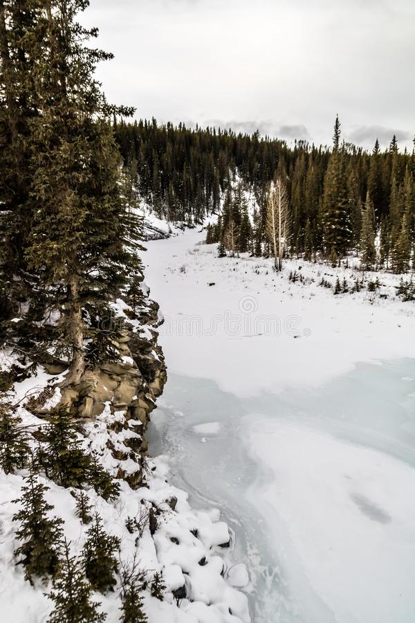 Waiprous zatoczka w zimie, Waiprous Małomiasteczkowy Rekreacyjny teren, Alberta, Kanada obrazy royalty free