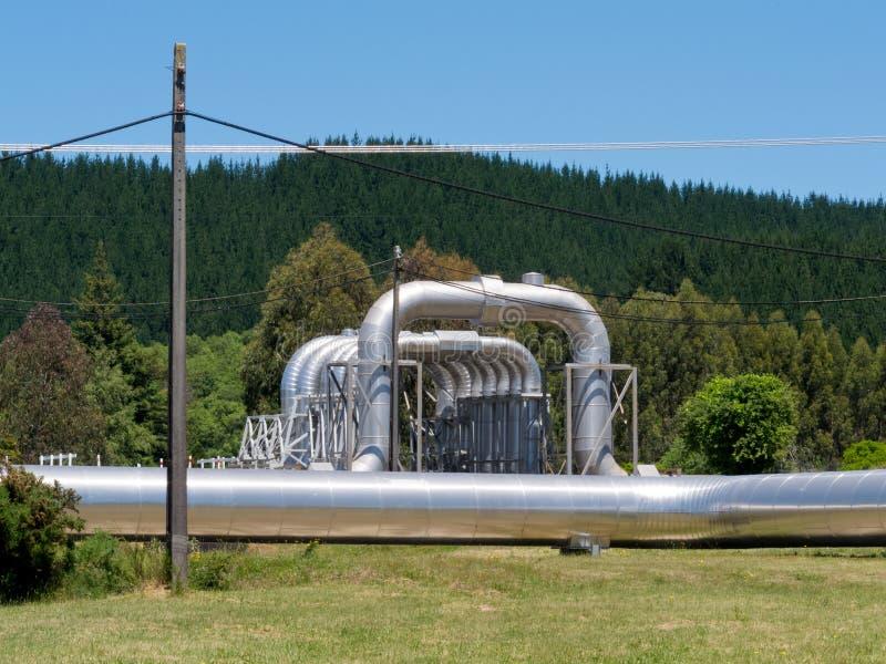 Wairakei NZ地热能热水管道 免版税库存照片