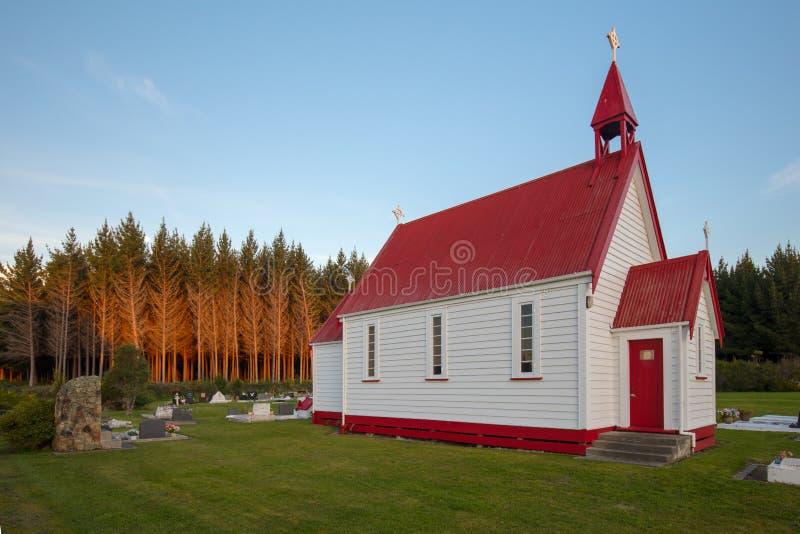 Waitetoko-Kirche bei Waitetoko Marae stockbilder