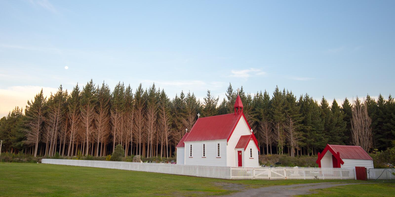 Waitetoko-Kirche bei Waitetoko Marae lizenzfreie stockbilder