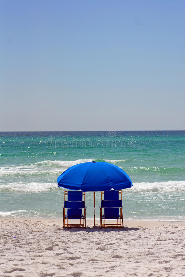 Download Waiting For The Beach Lovers Stock Photo - Image: 11128852