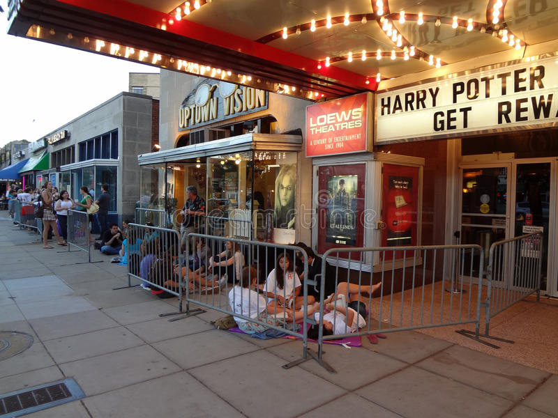 Waiting For The Movie At The Uptown Editorial Stock Image
