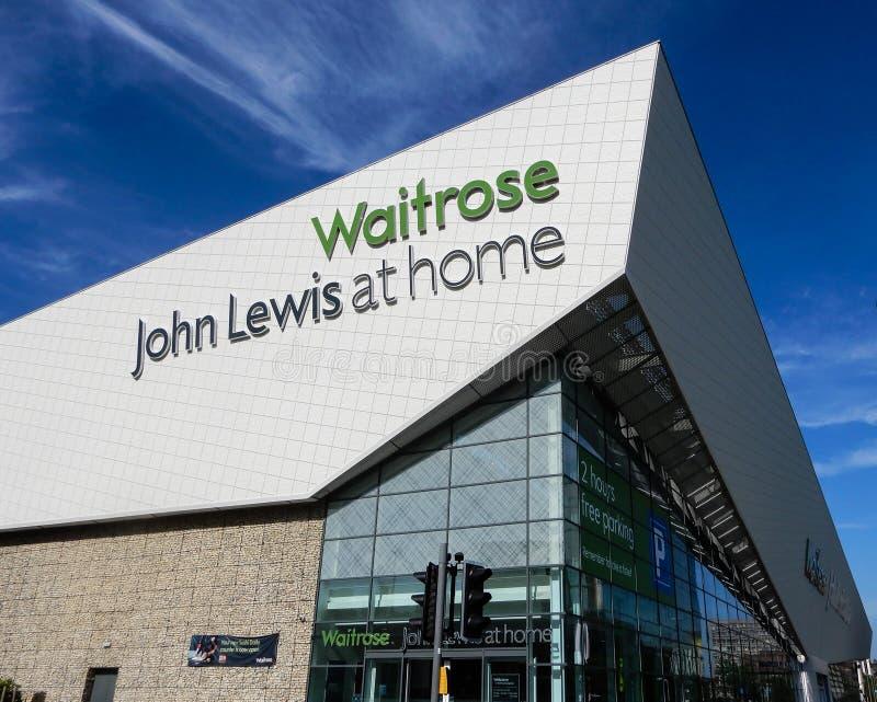 Waitrose och John Lewis hem royaltyfri foto