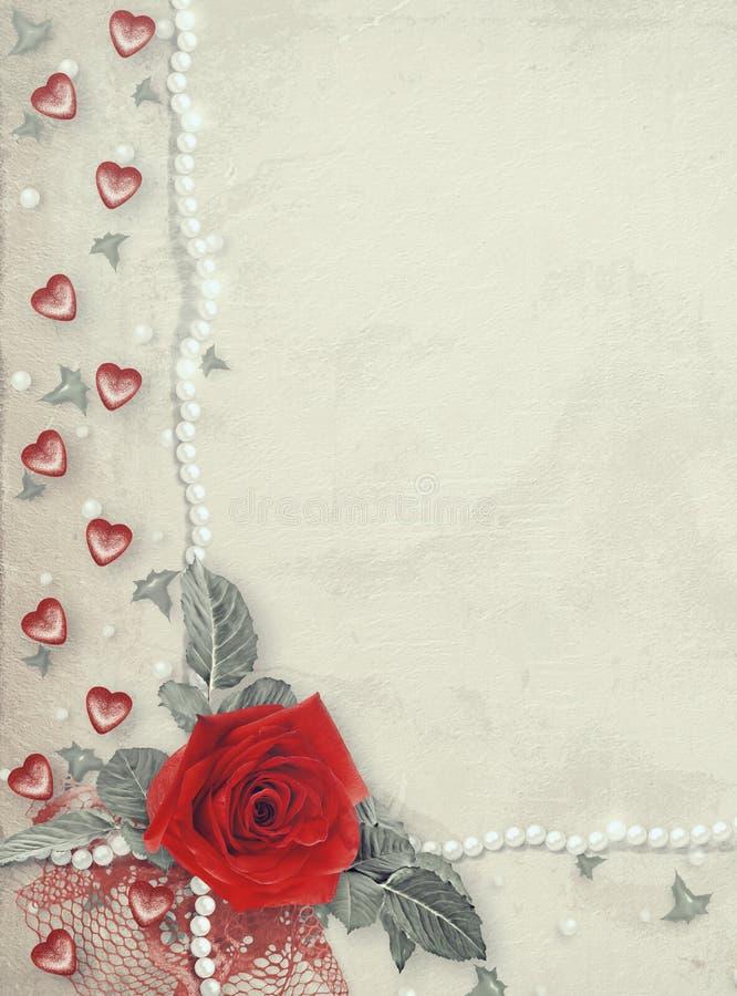 Wakacje karta z perłami i bukietem piękne czerwone róże na zielonego papieru tle royalty ilustracja
