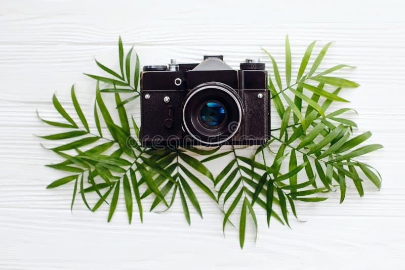 wakacje pojęcie, mieszkanie nieatutowy elegancki czarny stary fotografii camer fotografia stock