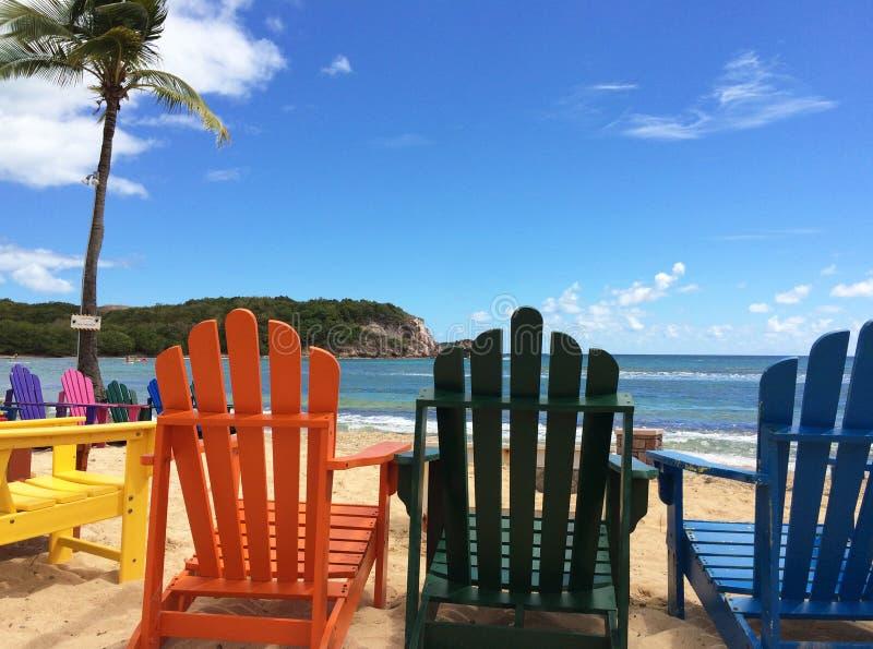 Wakacji Letnich Plażowi krzesła obrazy royalty free