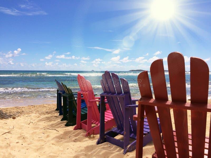 Wakacji Letnich Plażowi krzesła zdjęcie stock