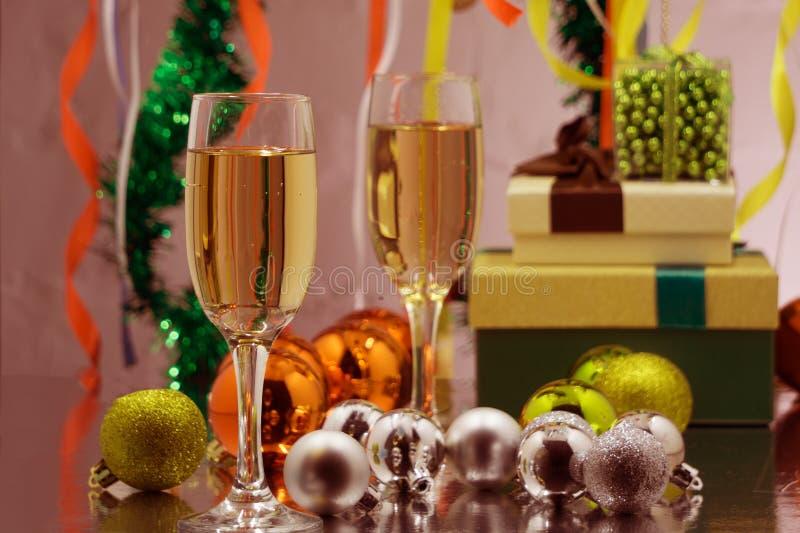 Wakacyjny odświętność szampan Boże Narodzenia i nowy rok świętują z szampanem obrazy stock