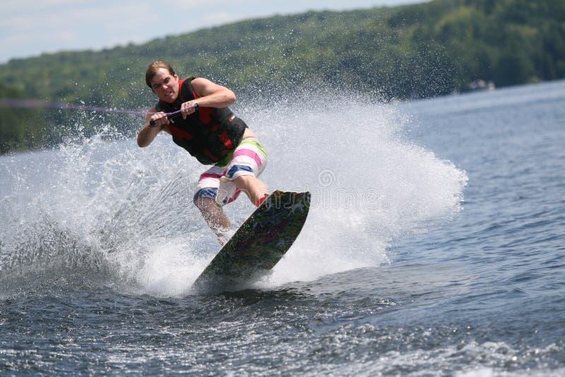 Wakeboarding selvaggio immagini stock