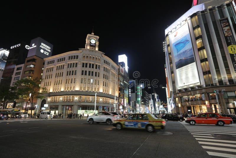 wako rozdroże przy nocą w Ginza Tokio fotografia stock