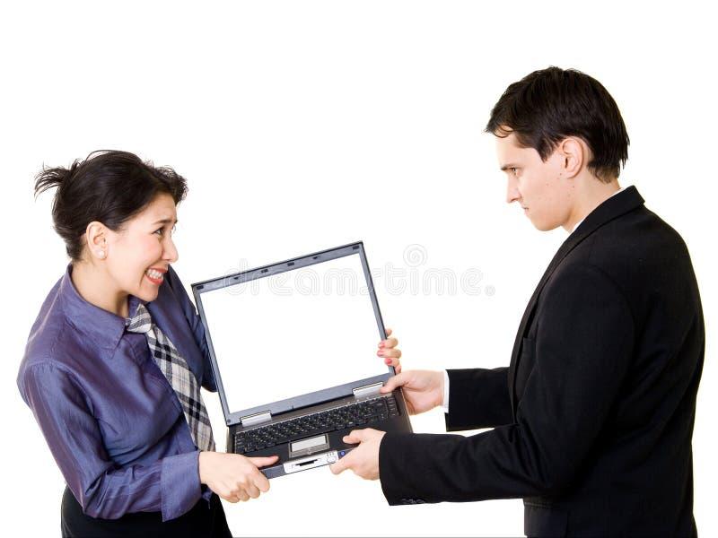 walcząc z laptopa para obrazy royalty free
