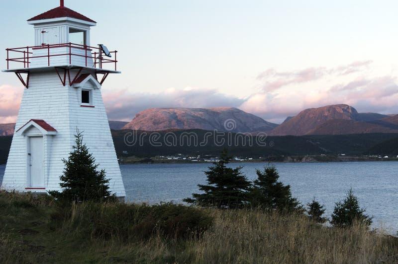 Waldiger Punkt-Leuchtturm, Sonnenuntergang lizenzfreie stockfotos