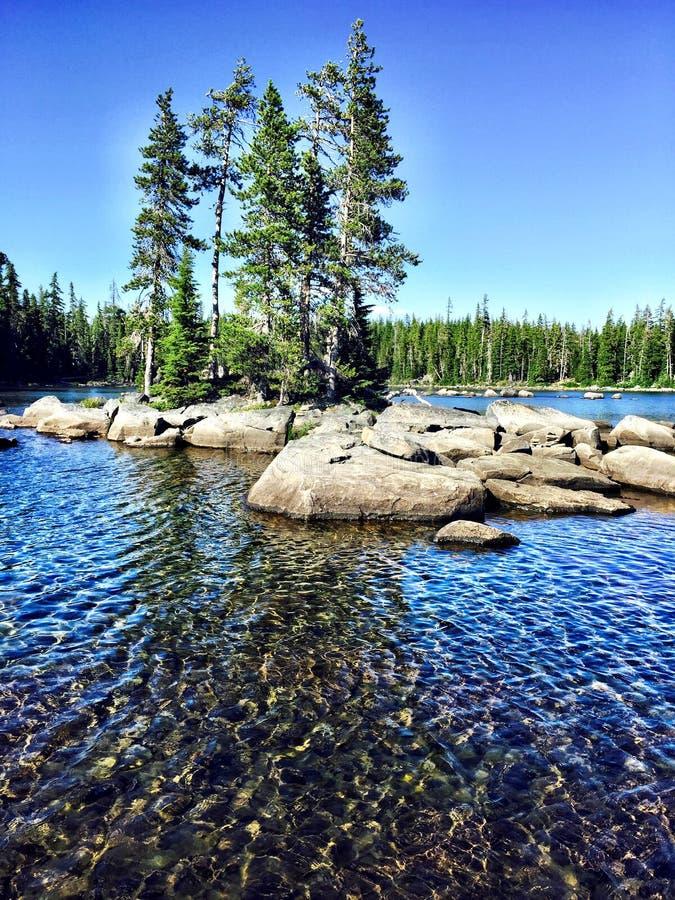 Waldo Lake In Oregon photos stock