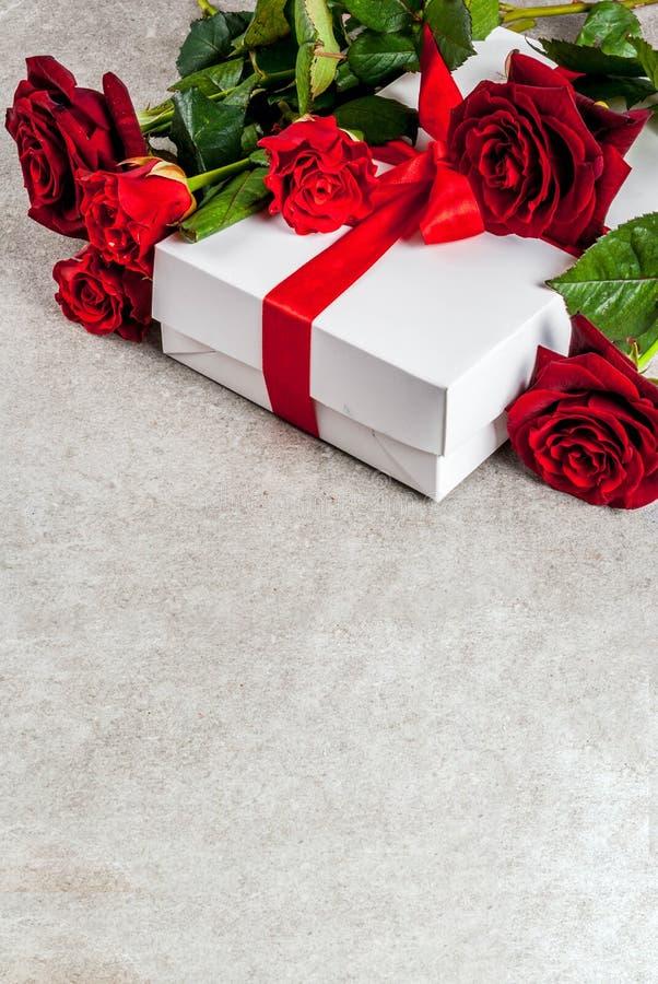 Download Walentynki ` s dnia tło zdjęcie stock. Obraz złożonej z świętuje - 106913824