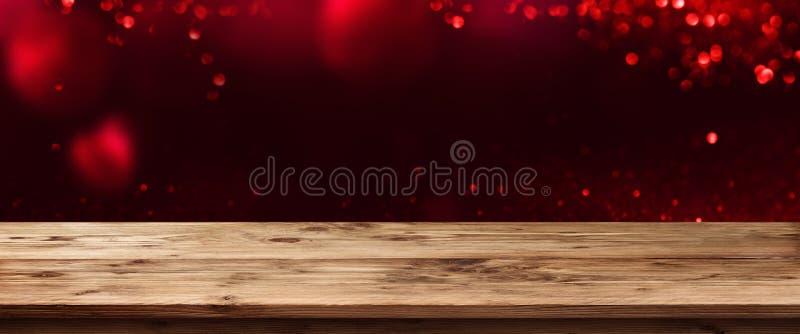 Walentynki tło z drewnianym stołem zdjęcia stock
