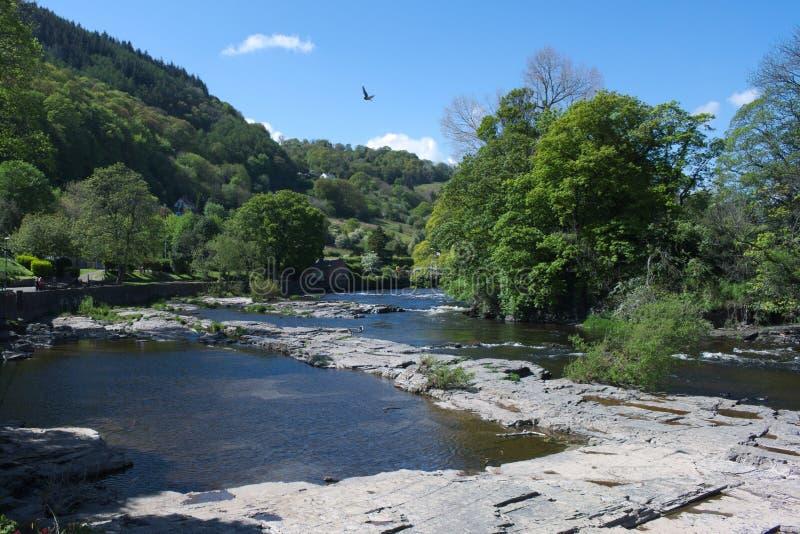 Wales, Llangollen, der Fluss Dee lizenzfreie stockfotografie