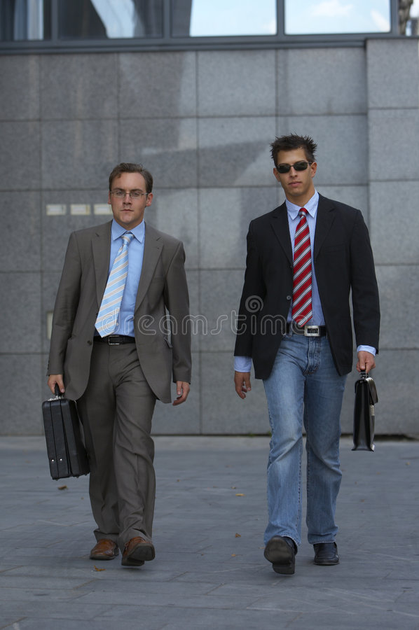 Download Walking Business Men Royalty Free Stock Images - Image: 3131469