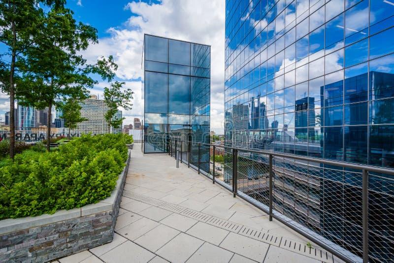 Walkway and modern building at the Cira Green in Philadelphia, Pennsylvania.  royalty free stock photo