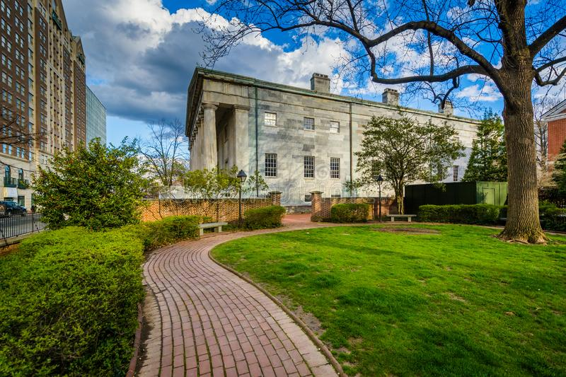 Walkway at the Thomas Jefferson Garden, and the Second Bank of the United States, in Philadelphia, Pennsylvania.  stock photo