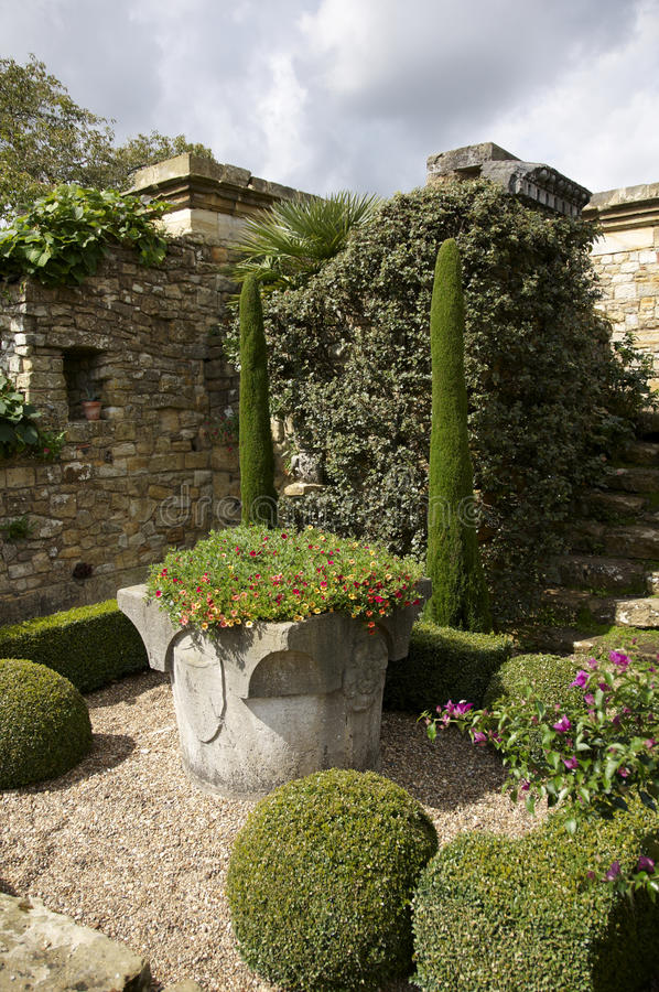 Download Wall garden stock photo. Image of landscape, architecture - 11652142