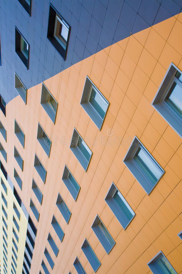Free Wall Of The Modern Building Royalty Free Stock Image - 5449756