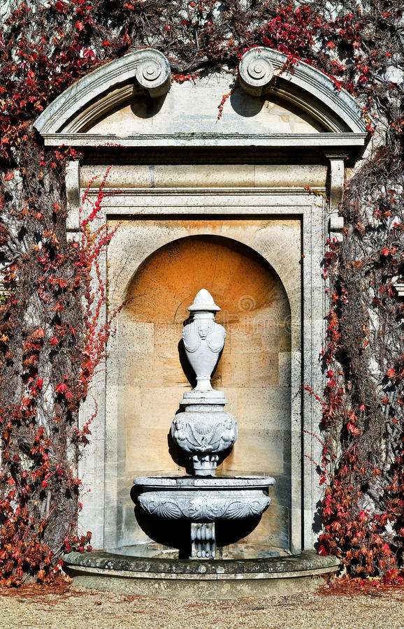 Free Wall Sculpture Royalty Free Stock Photo - 21823685