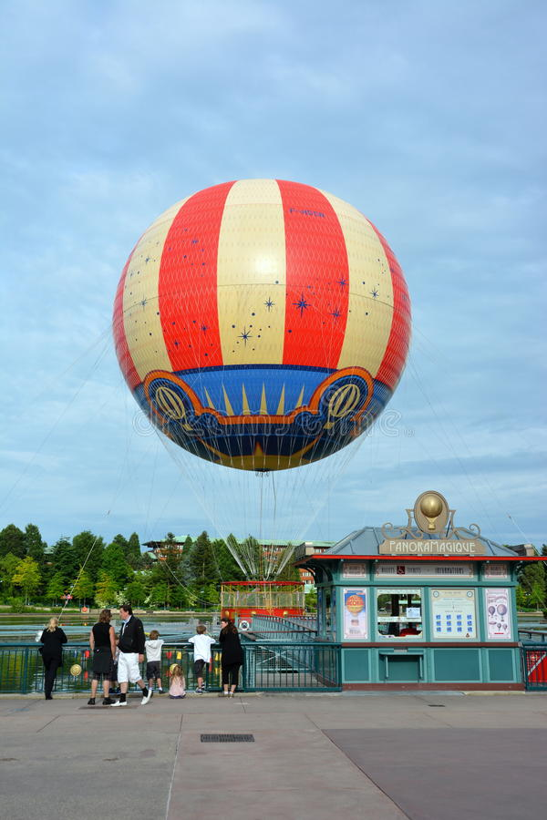 Walt Disney Balloon lizenzfreie stockfotos