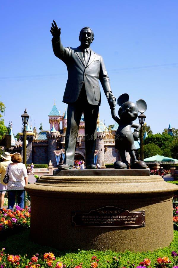 Walt Disney en Mickey Mouse Statue Anaheim Disneyland royalty-vrije stock fotografie