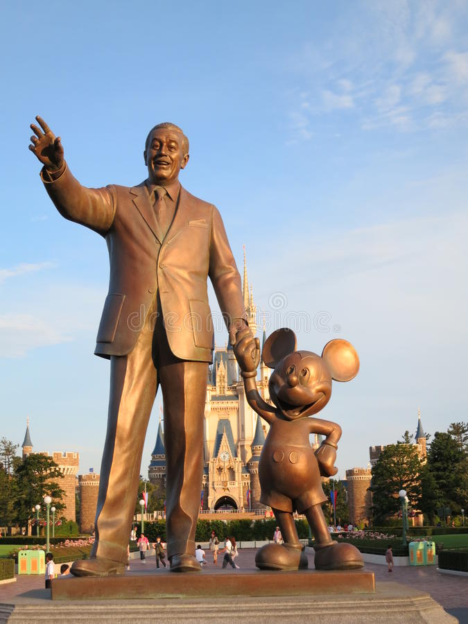 Walt Disney och Mickey mus royaltyfria foton