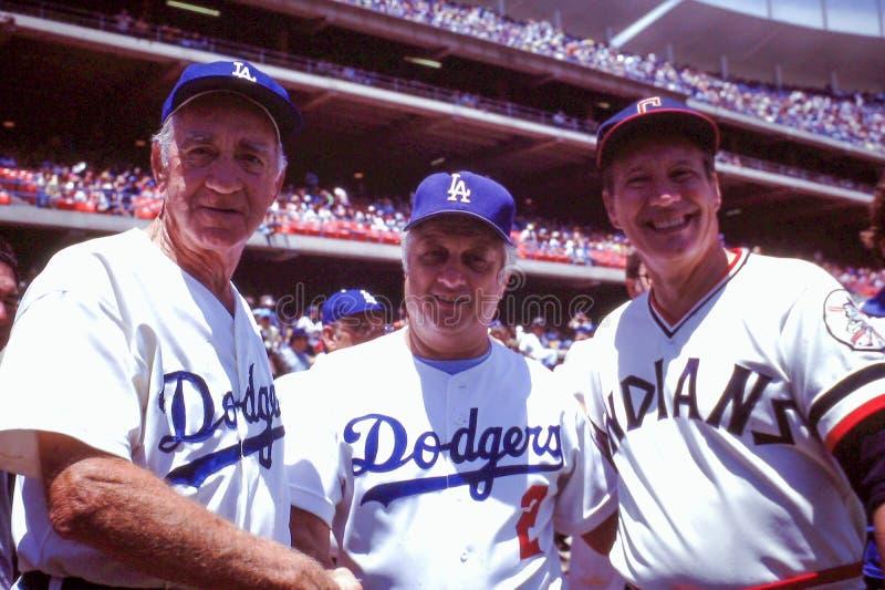 Walter Alston, Tommy Lasorda y Bob Feller imagen de archivo