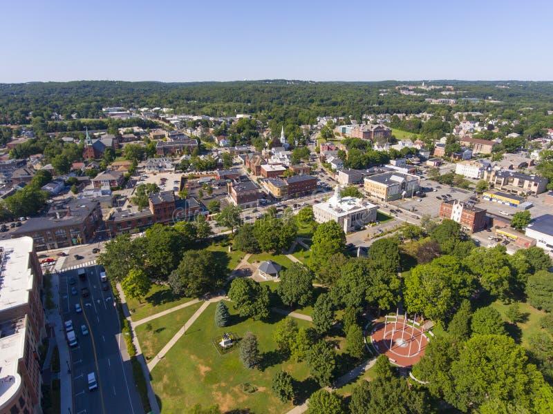 Waltham City Hall aerial view, Massachusetts, VS stock afbeeldingen