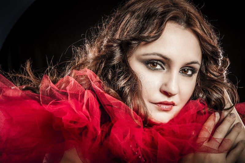 Wampir kobieta z czerwieni suknią obraz stock