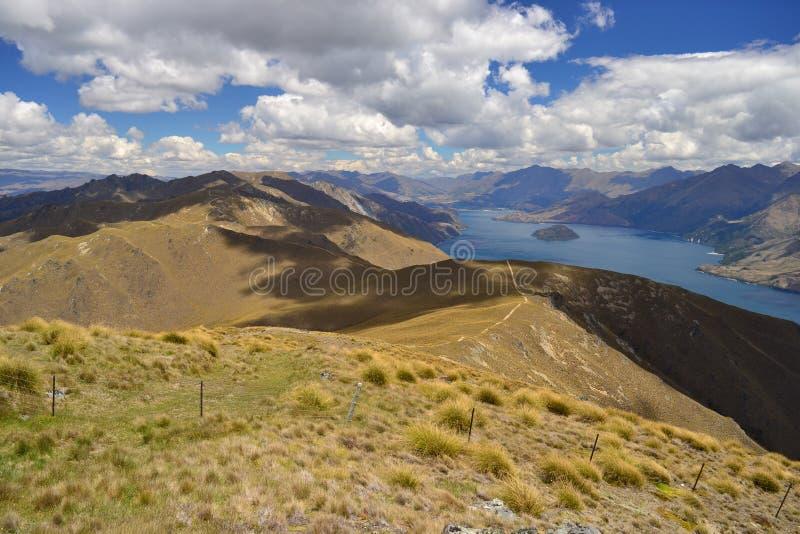 Wanaka jeziora krajobraz od Mt Istmus, Nowa Zelandia zdjęcia stock