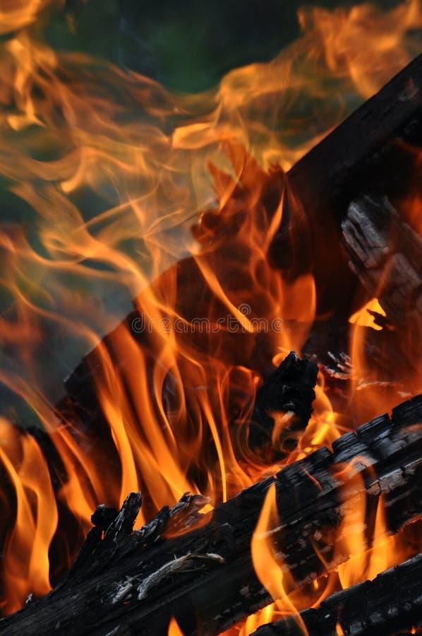 Wand der Flammen lizenzfreie stockfotografie
