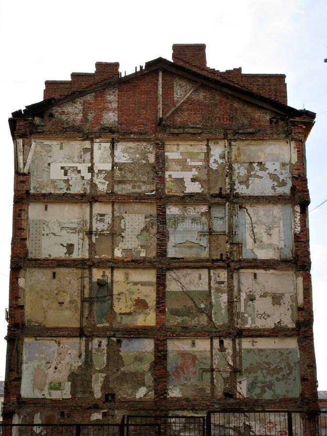 Wand des ruinösen Gebäudes lizenzfreie stockfotografie