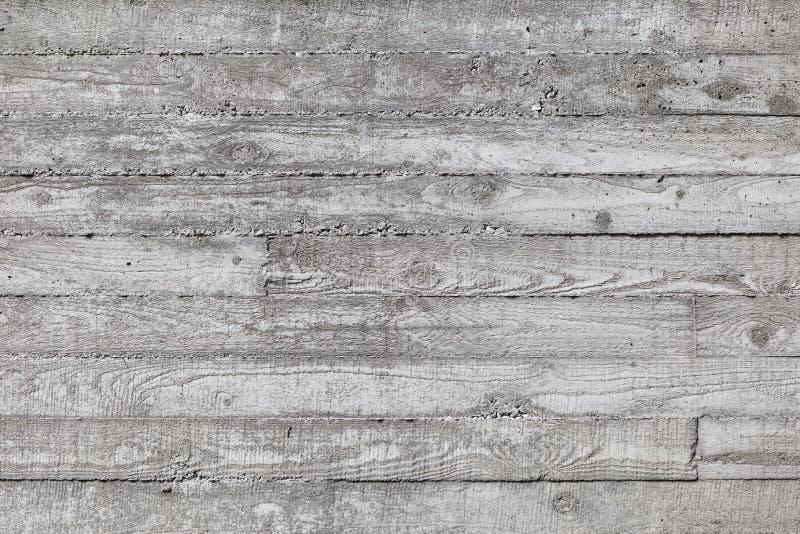 Wand hergestellt vom Beton mit hölzerner Beschaffenheit stockfoto