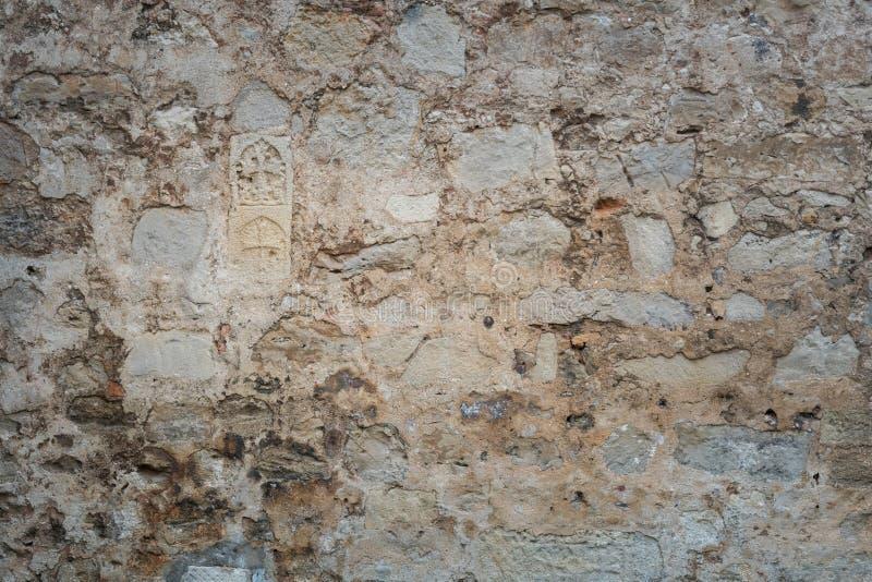 Wand mit Impressen von alten Freskos stockbilder