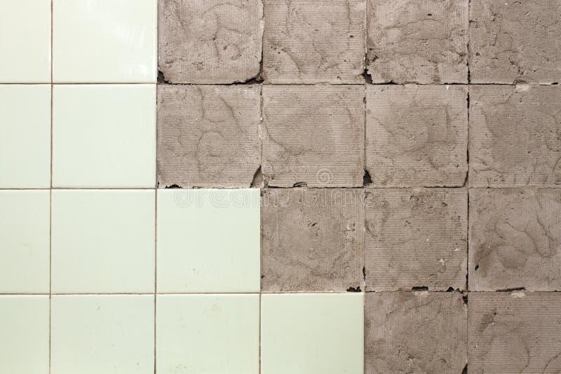 Wand ohne fliesen stockbild bild von grau ziegelstein for Fliesen wand