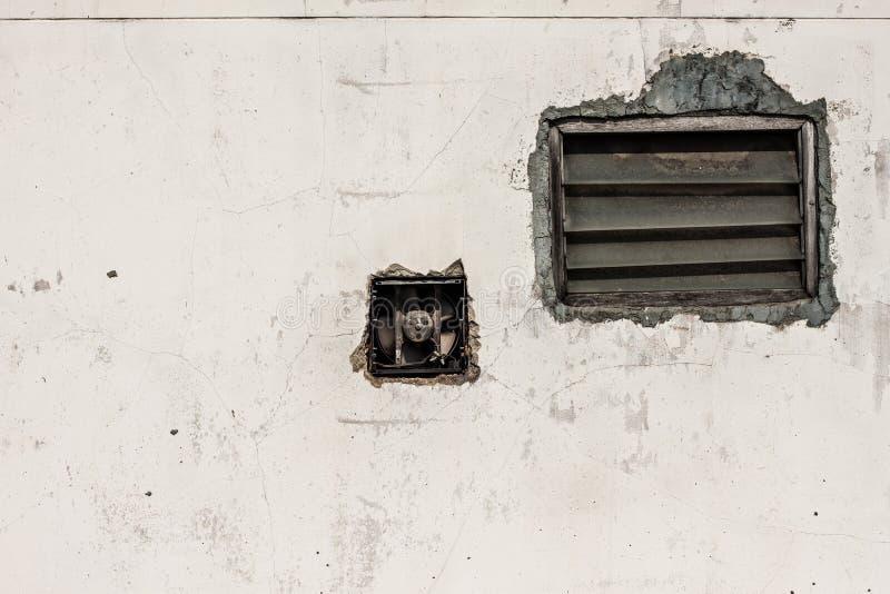 Wand und Jalousie stockfoto