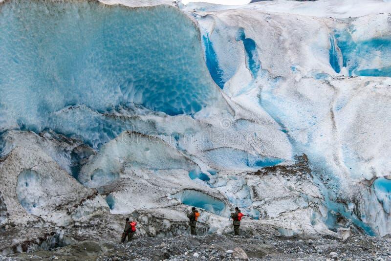 Wandeling aan Davidson Glacier-ijspak Alaska royalty-vrije stock foto