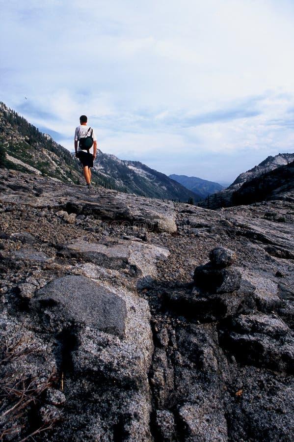 Wandern der felsigen entferntspur in Kalifornien stockfotos