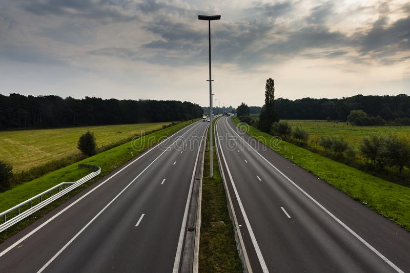 Wandern der Spur GR5 in der Benelux lizenzfreie stockfotos