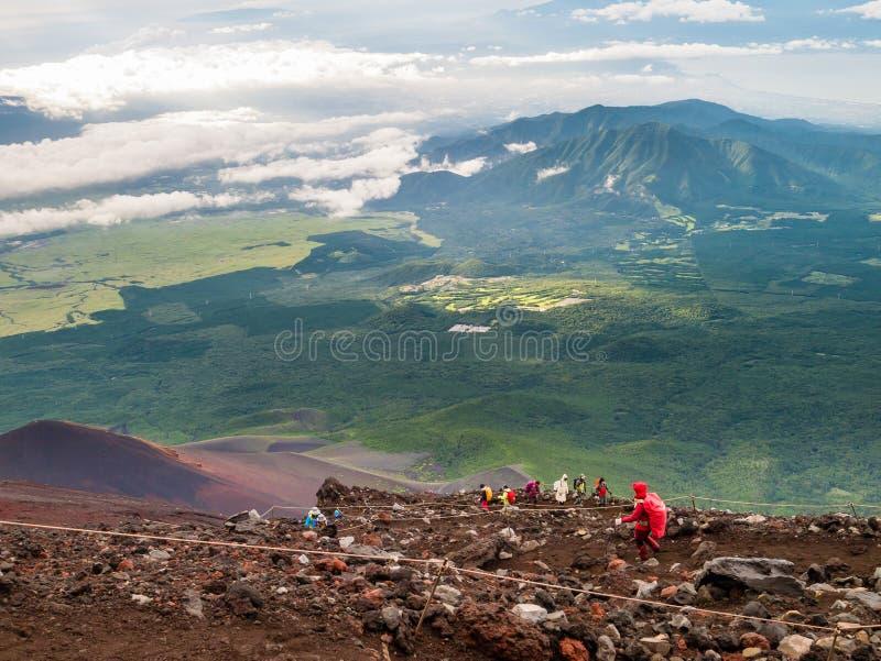 Wandern im berühmten Fujisan lizenzfreies stockfoto