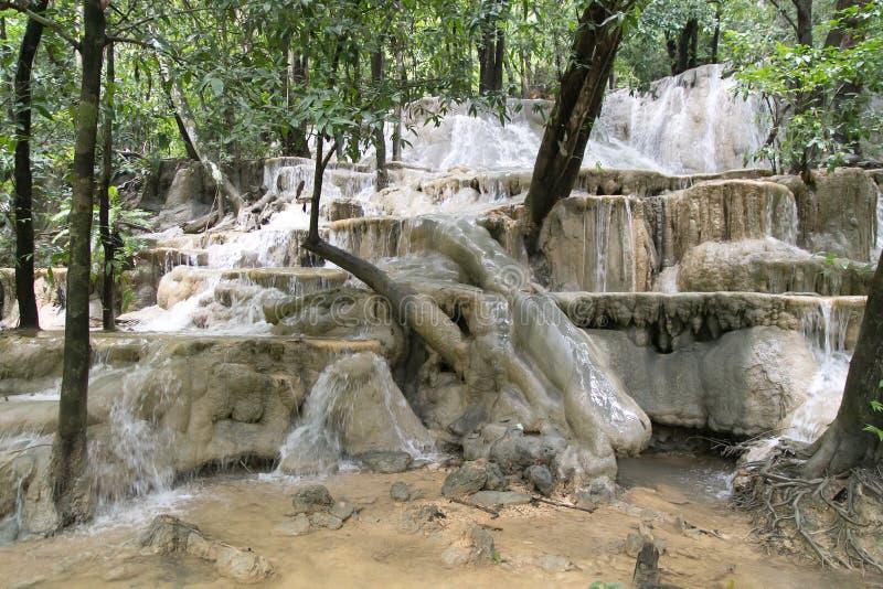 Wang-Sai-läderrem vattennedgång på Satun, Thailand royaltyfria bilder