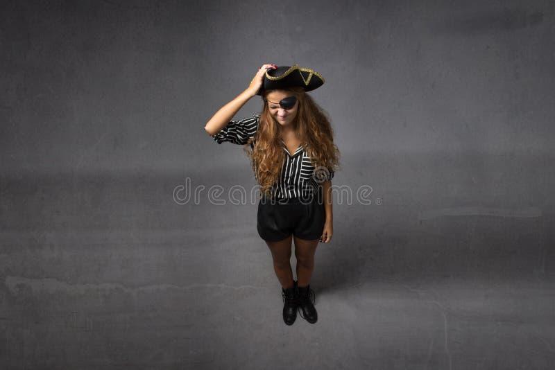 Wanhopige piraat met hand op hoofd stock afbeeldingen