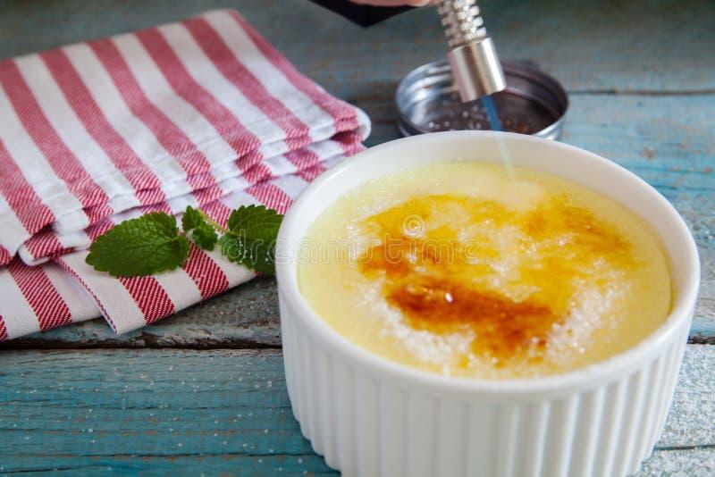 wanilia karmelizująca kremowego creme deserowego francuza cukieru odgórna tradycyjna wanilia zdjęcia stock