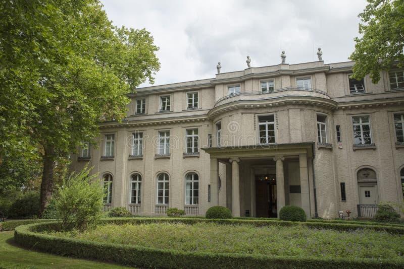 Wannsee, Berlim, Alemanha; 23 de agosto de 2018; Casa de campo de Wannsee imagens de stock royalty free