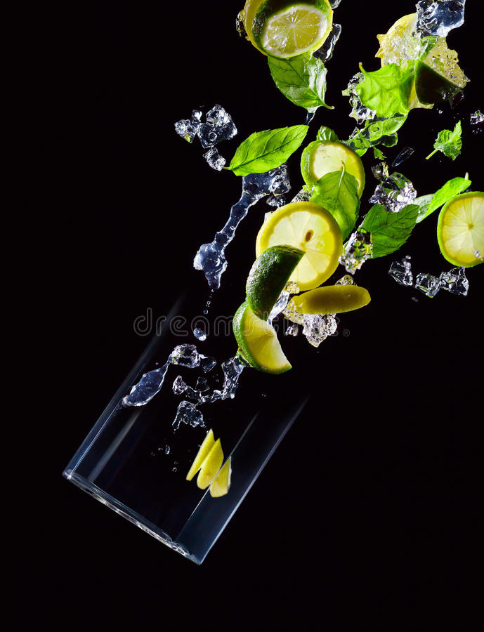 Wapno, cytryna i miętówka, zdjęcie royalty free